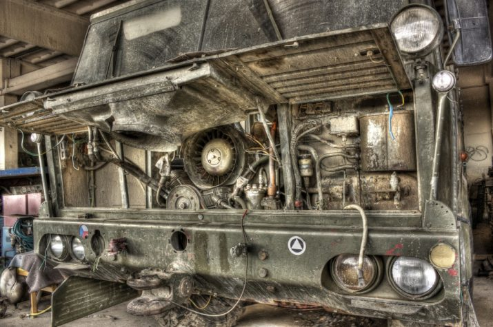 Kontrolní otázka zní : motor z .....?